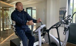 Philippe Meynard, président de l'association AVC Tous concernés, encourage tous les confinés à faire un peu de sport tous les jours pour éviter l'hypertension et ses complications.