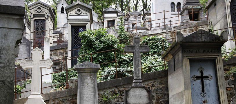 Avec l'actuel droit funéraire, les problèmes se posent surtout sur les concessions familiales qui accueillent au fil des successions de plus en plus de descendants.