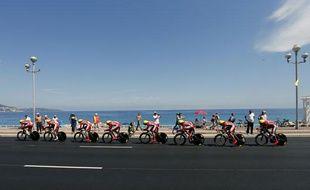 Les Cofidis lors du Contre-la-Montre par équipes, le 2 juillet 2013 à Nice