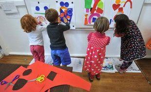 Des élèves participent à des activités périscolaires, dans le cadre de la réforme des rythmes scolaires, à Nantes