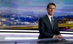 Manuel Valls lors de son intervention au 20h de TF1, le 7 décembre 2015
