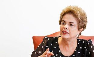Dilma Rousseff lors d'une conférence de presse à Brasilia le 13 avril 2016.