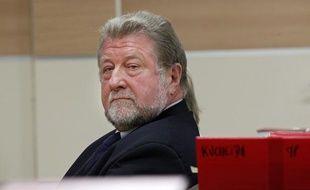 Jean-Pierre Kucheida, ancien député socialiste du Pas-de-Calais et maire de Liévin (62), comparaît le 9 avril 2013 avec sa fille Marie en audience correctionnelle au tribunal de Douai. Ils sont tous deux accusés d'abus de biens sociaux.