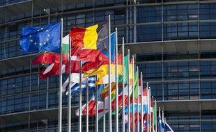 Devant le Parlement européen à Strasbourg.