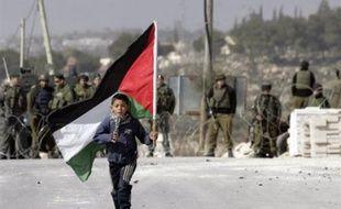 """Le Hamas espère un accord sur l'ouverture des points de passage entre la bande de Gaza et le monde extérieur """"dans quelques jours"""" si la médiation égyptienne avec Israël réussit, a déclaré samedi un porte-parole du mouvement islamiste."""
