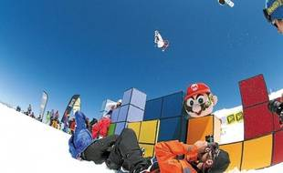 La décoration sur le thème de Mario Bros sera déclinée sur tout le snowpark des 2 Alpes.