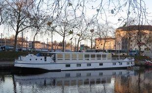 L'auberge se situera bassin Saint-Felix, côté gare sud