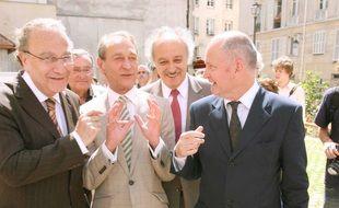 Bertrand Delanoë, Pierre Aidenbaum (à gauche), Yves Contassot et Christophe Girard (à droite) en 2007