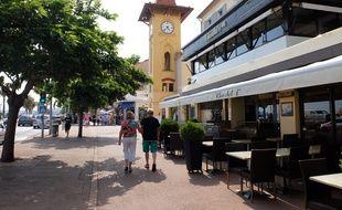 Le crime a eu lieu à la terrasse d'un restaurant du Cros-de-Cagnes.