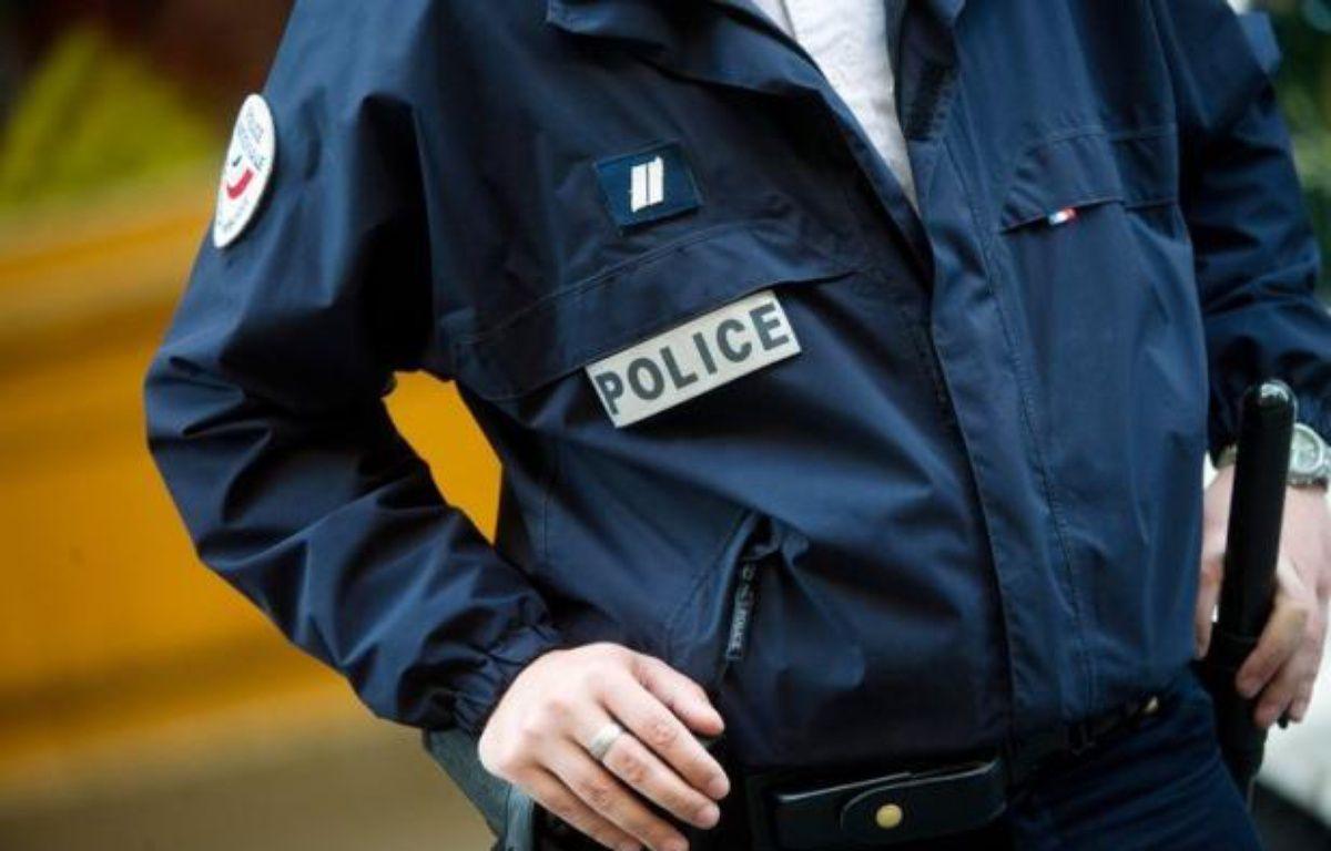 Un garçon de 11 ans a été fauché mortellement par une voiture samedi soir à La Ciotat, alors qu'une marche était organisée dimanche à Paris à la mémoire d'une mère et de sa fille, du même âge, tuées il y une semaine lors d'un week-end déjà sanglant pour les piétons. – Bertrand Langlois afp.com