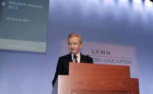 Le numéro un mondial du luxe LVMH, propriétaire entre autres de Louis Vuitton, Bulgari, Sephora ou Moët & Chandon, a signé en 2013 un nouveau record de ventes mais ses résultats ont peu progressé, du fait d'un ralentissement de sa marque phare Vuitton.