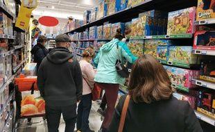Le public est attendu en nombre dans les magasins les prochains week-ends pour faire ses achats de Noël. Illustration.