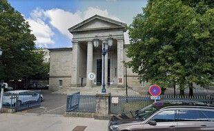Le palais de justice de Quimper, devant lequel un homme s'est immolé par le feu le 4 janvier 2021.