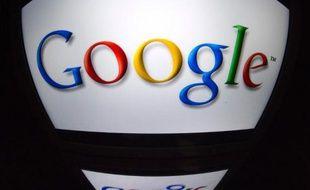 Le géant américain d'internet Google a continué d'afficher une forte croissance au troisième trimestre, dépassant les attentes du marché, sur lequel son action semblait reprendre sa course vers les 1.000 dollars.