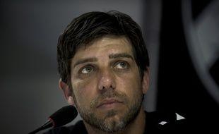 Juninho, ici lors d'une conférence de presse en février 2014, au moment de l'arrêt de sa carrière au Brésil avec Vasco de Gama.
