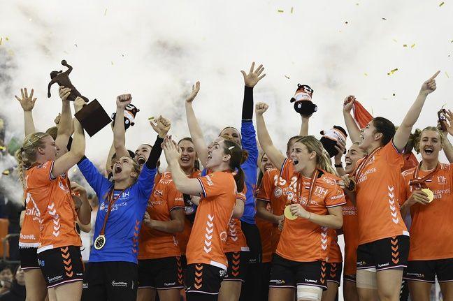 Manu Mayonnade, champion du monde de handball féminin avec les Pays-Bas.