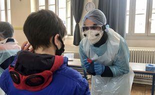 Opération de dépistage à l'école de la Mutualité à Nantes, le 11 mars 2021