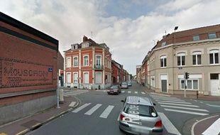 Le carrefour entre la rue de Guisnes et la rue Winoc-Chocqueel à Tourcoing.