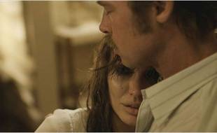 Angelina Jolie et Brad Pitt dans Vue sur mer