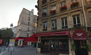 Associé avec les frères Pariente, les ex-propriétaires de Naf-Naf, le fondateur de Free vient d'acquérir pour 25 millions d'euros la Villa Mazarin, rue des Archives dans le 4e arrondissement de Paris.