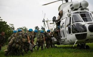 """Des hélicoptères des Nations unies sont intervenus mardi dans l'est de la République démocratique du Congo (RDC) à la suite d'une offensive """"contre des populations civiles"""" menée au nord de Goma par le mouvement rebelle du M23, a affirmé à l'AFP la Monusco, la force des Nations unies en RDC."""