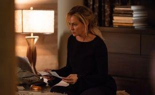 Uma Thurman joue Nancy, une mère endeuillée, dans «Chambers».