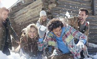 Pour ne pas céder à la déprime hivernale, il faut voir ses amis, prescrit Florence Servan-Schreiber (et sans la neige, ça marche aussi)