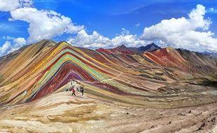 Les montagnes arc-en-ciel de Vinicunca au Pérou.