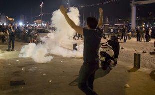 Des heurts ont éclaté à Marseille entre supporters anglais et locaux, vendredi 10 juin 2016.