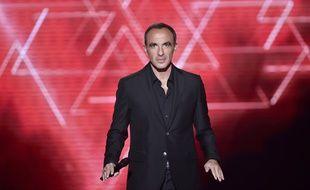 Nikos Aliagas sur le plateau de «The Voice».