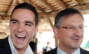 Les candidats Etienne Bousquet-Cassagne (FN) et Jean-Louis Costes (UMP), avant un débat, le 19 juin à Villereal.