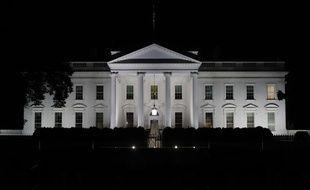 La façade de la Maison Blanche de nuit, à Washington (illustration).