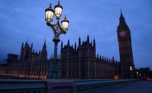 La Chambre des communes à l'aube le 8 mai 2015 à Londres