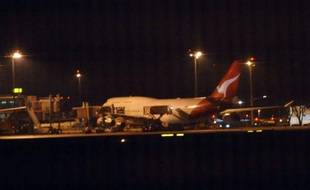 Un deuxième appareil de la compagnie australienne Qantas a dû atterrir d'urgence vendredi à cause d'une avarie de moteur, au lendemain de l'atterrissage d'urgence d'un Airbus 380 également pour un problème de moteur, sans qu'il y ait toutefois de blessés dans les deux cas.