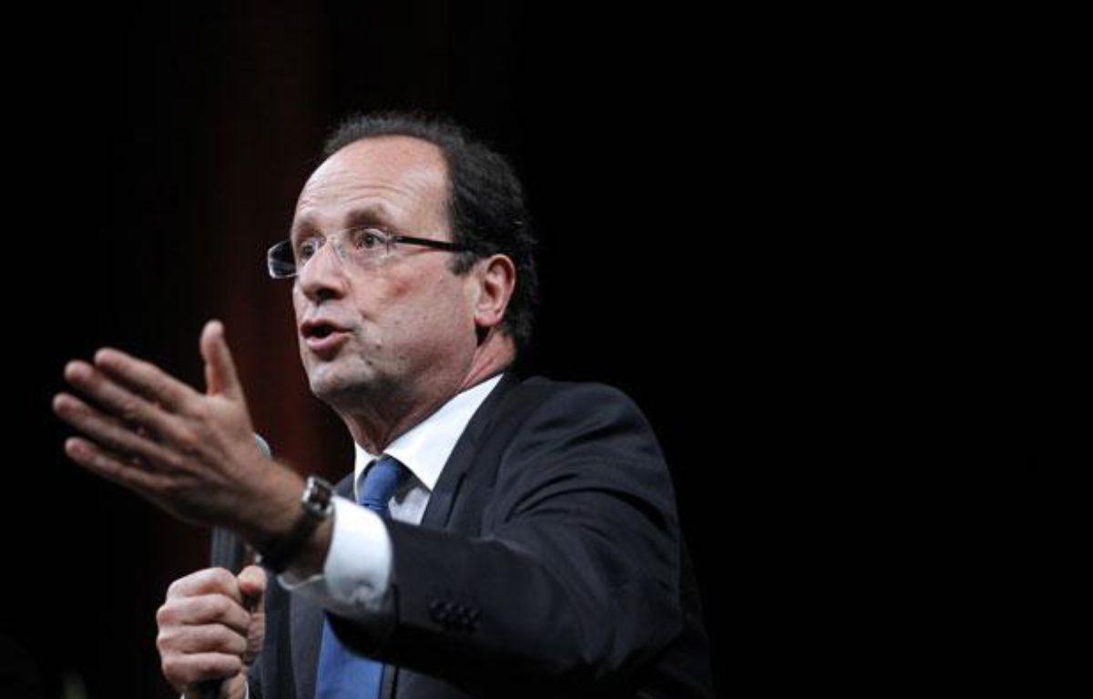 François Hollande, candidat PS à l'Elysée, lors d'un débat à Nantes le 19 janvier 2012. – P. KOVARIK/AFP