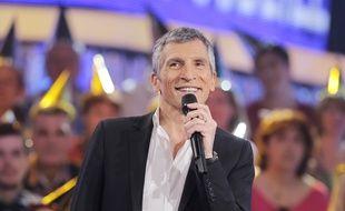 Nagui dans «N'oubliez pas les paroles» sur France 2.