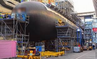 Le Suffren, ici sur le chantier de Naval Group, dans l'arsenal de Cherbourg, se compose de quelque 800.000 pièces.