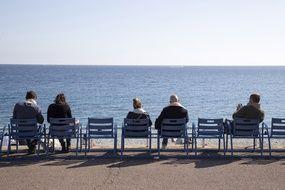 Sur la promenade des Anglais à Nice, on est déjà concerné par le troisième confinement depuis quelques semaines.