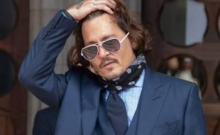 Johnny Depp, en procès contre «The Sun», quitte  la Haute Cour de Londres
