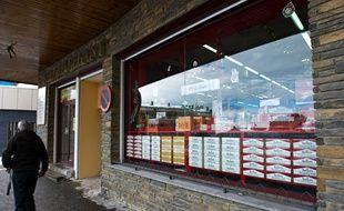 Un magasin spécialisé dans la vente de tabac au Pas-de-la-Case, en Andorre, en décembre 2010.