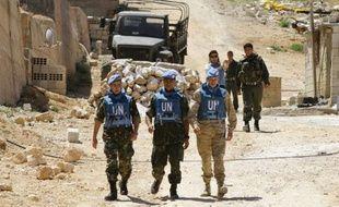 Six soldats syriens ont été blessés mercredi par l'explosion d'une charge au passage du convoi d'observateurs de l'ONU, à l'entrée de la ville de Deraa, berceau de la contestation dans le sud de la Syrie, dans le sud de la Syrie, selon un photographe de l'AFP.