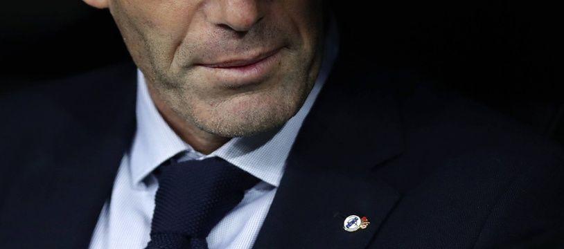 Zinédine Zidane, en clair-obscur.