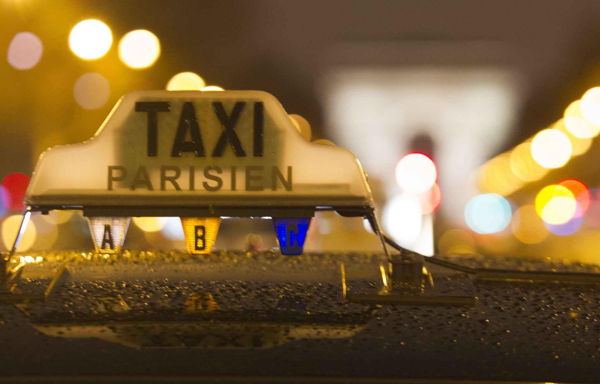 comment prendre le taxi l il avec idcab. Black Bedroom Furniture Sets. Home Design Ideas