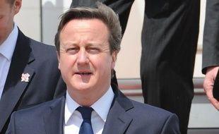 Le Premier ministre britannique David Cameron est arrivé mercredi en Indonésie dans l'espoir de tirer profit du dynamisme de la première économie d'Asie du Sud-Est avec des contrats tel que celui, officialisé le jour même de 2,5 milliards de dollars pour l'avionneur Airbus.