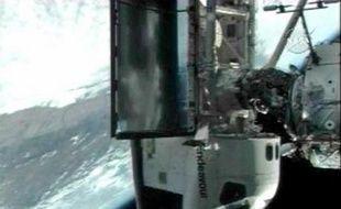 Endeavour a réussi à s'amarrer à la Station spatiale internationale, le 10 août 2007.