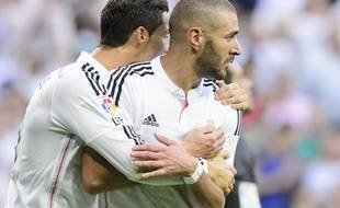 "Cristiano Ronaldo and Karim Benzema celebrates a goal during the Spanish league ""Clasico"" football match Real Madrid CF vs FC Barcelona at the Santiago Bernabeu stadium in Madrid on October 25, 2014.  PHOTOCALL3000 / DP/PHOTOCALL3000_120810/Credit:DP/Photocall3000/SIPA/1410261217"