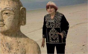 Agnès Varda sur le tournage des Plages d'Agnès