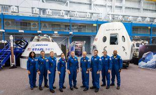 Ces neuf astronautes de la Nasa testeront les capsules privées de SpaceX et Boeing en 2019.
