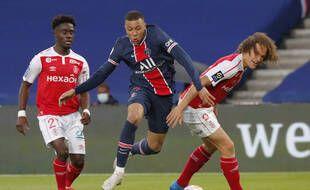 Kylian Mbappé dans ses oeuvres contre Reims, le 16 mai 2021 au Parc des Princes.