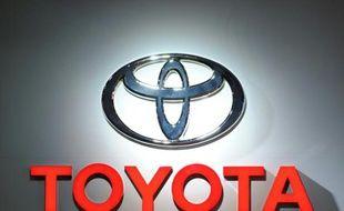 """Le géant japonais de l'automobile Toyota a annoncé mercredi le rappel de 6,5 millions de véhicules dans le monde """"pour vérifier le bon fonctionnement de la commande de lève-vitres principale"""""""